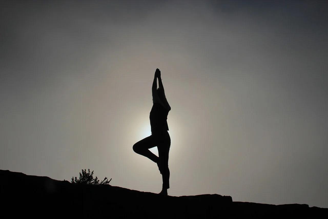 Améliorer son équilibre grâce aux postures de yoga